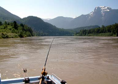 Spectacular scenery on the Fraser river